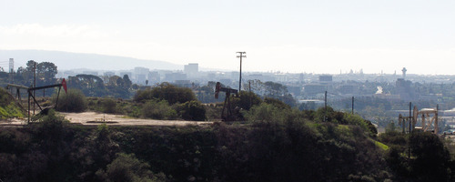 Baldwin Hills panoramic.jpg