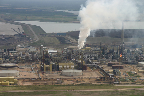 Tar.sands.processing.plant.David.Dodge.Pembina.jpg