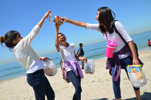 Kids Ocean Day trash pick up.jpg