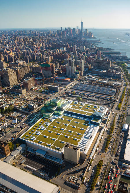 The Javits Center On Manhattanu0027s West Side Recently Installed A 6.75 Acre Green  Roof, The Second Largest Of Its Kind In The U.S. The Green Roof Has Helped  ...